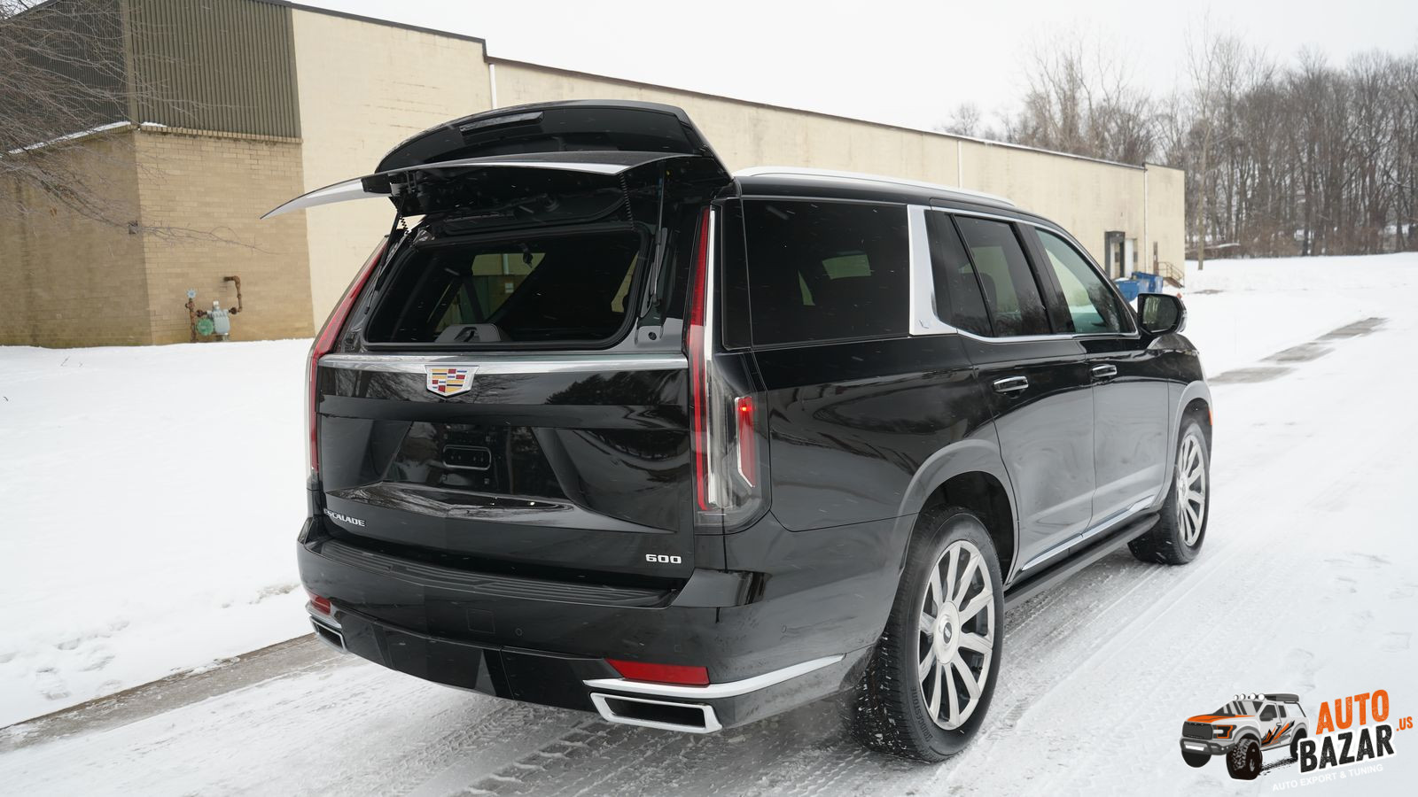 /storage/inventories/1103/2021 Cadillac Escalade 1103 (12).JPG