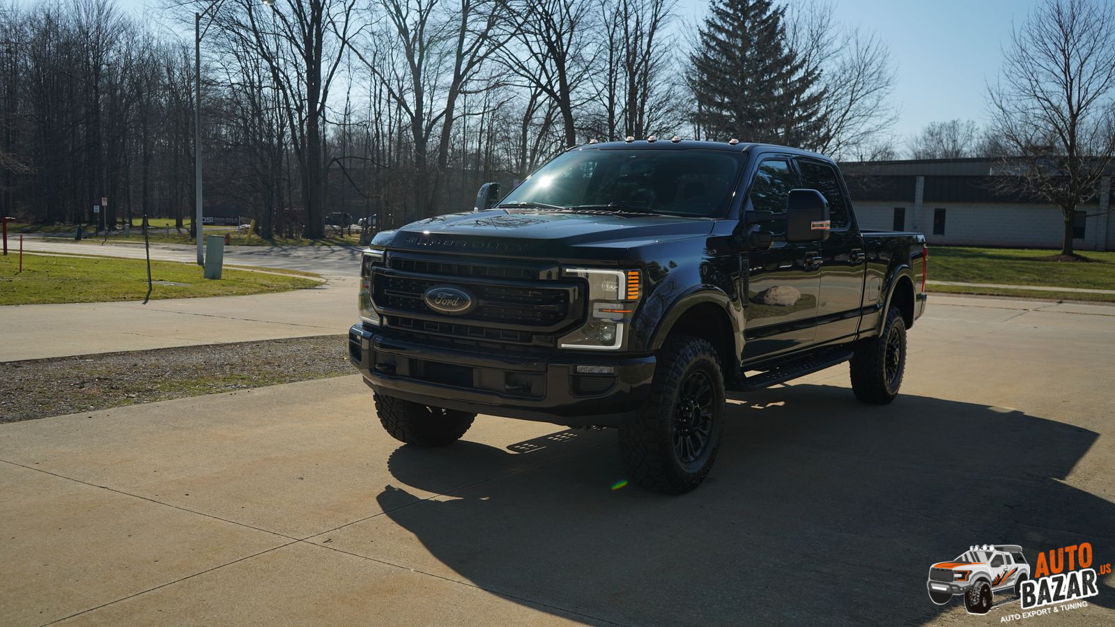 2021 Ford F350 SuperDuty Lariat SRW 4x4 CrewCab with Off-road Tremor Package