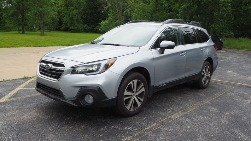 /storage/inventories/1014/1014_2018_Subaru_Outback.JPG