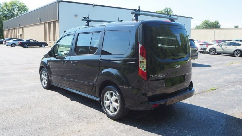 /storage/inventories/1015/1015_Ford_Transit_Connect_2016_03.JPG