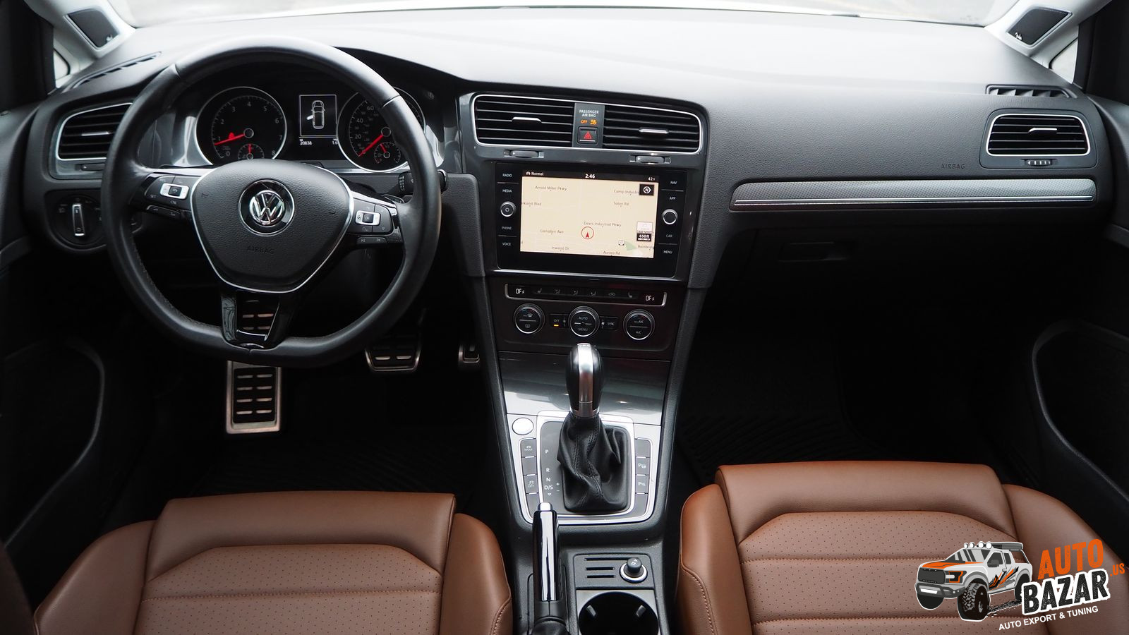 /storage/inventories/1031/1031_Volkswagen_Golf_Alltrack_2018_29.JPG