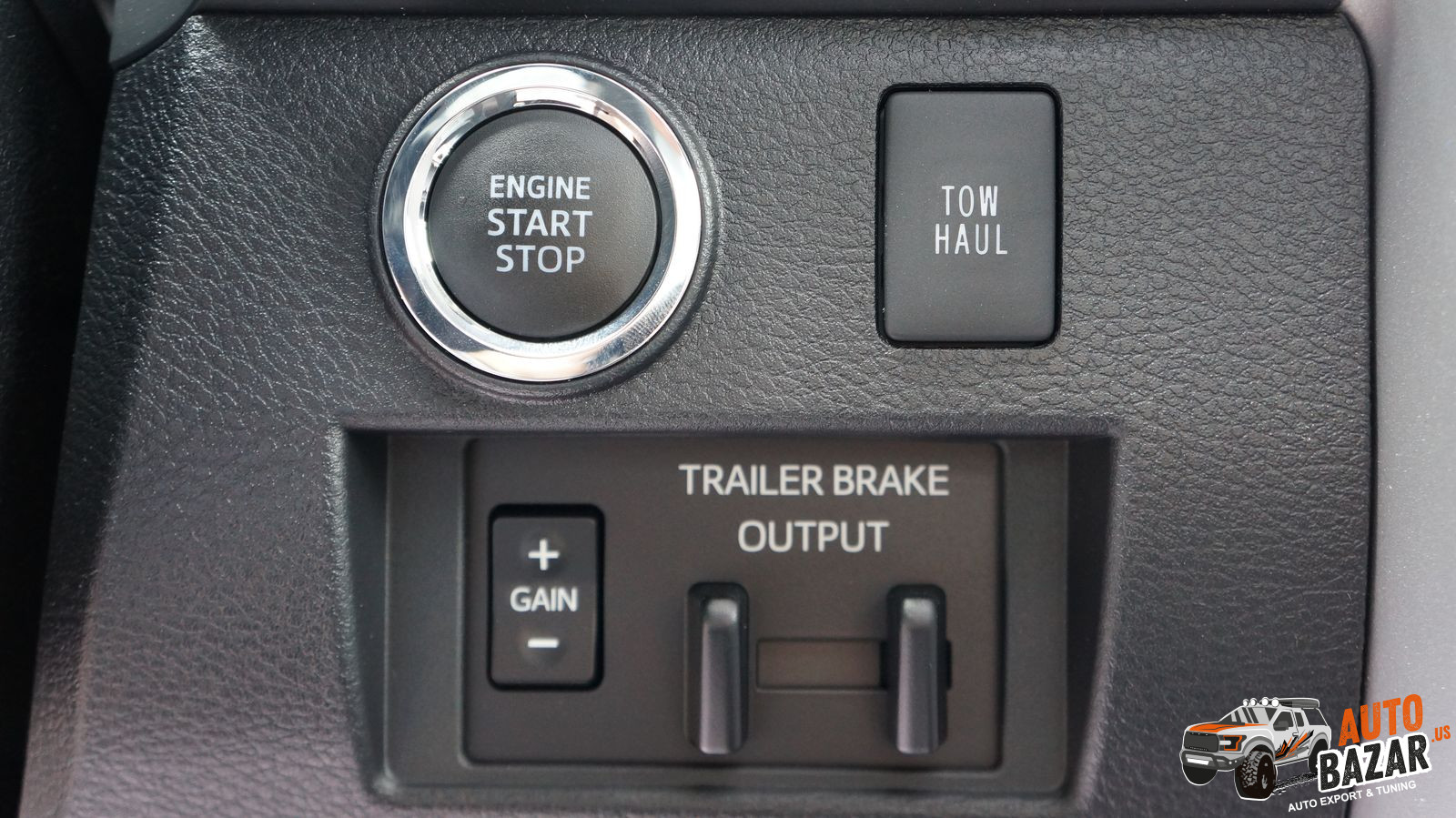 /storage/inventories/1040/1040 2020 Toyota Tundra stock (31).JPG