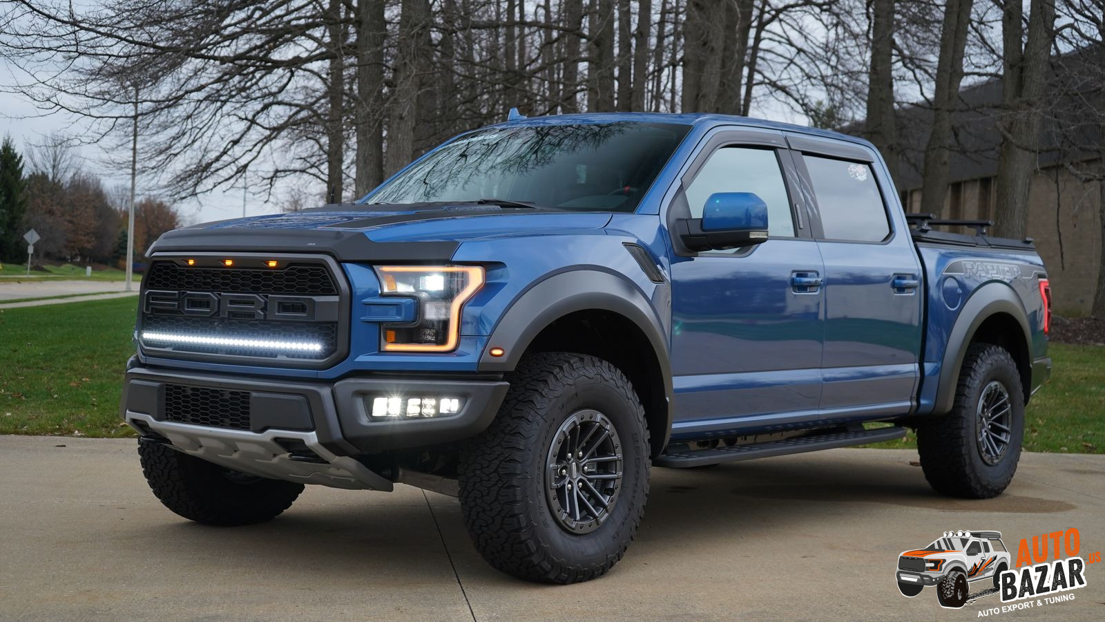 /storage/inventories/1088/2020 FORD RAPTOR BLUE  C64945 (1).JPG