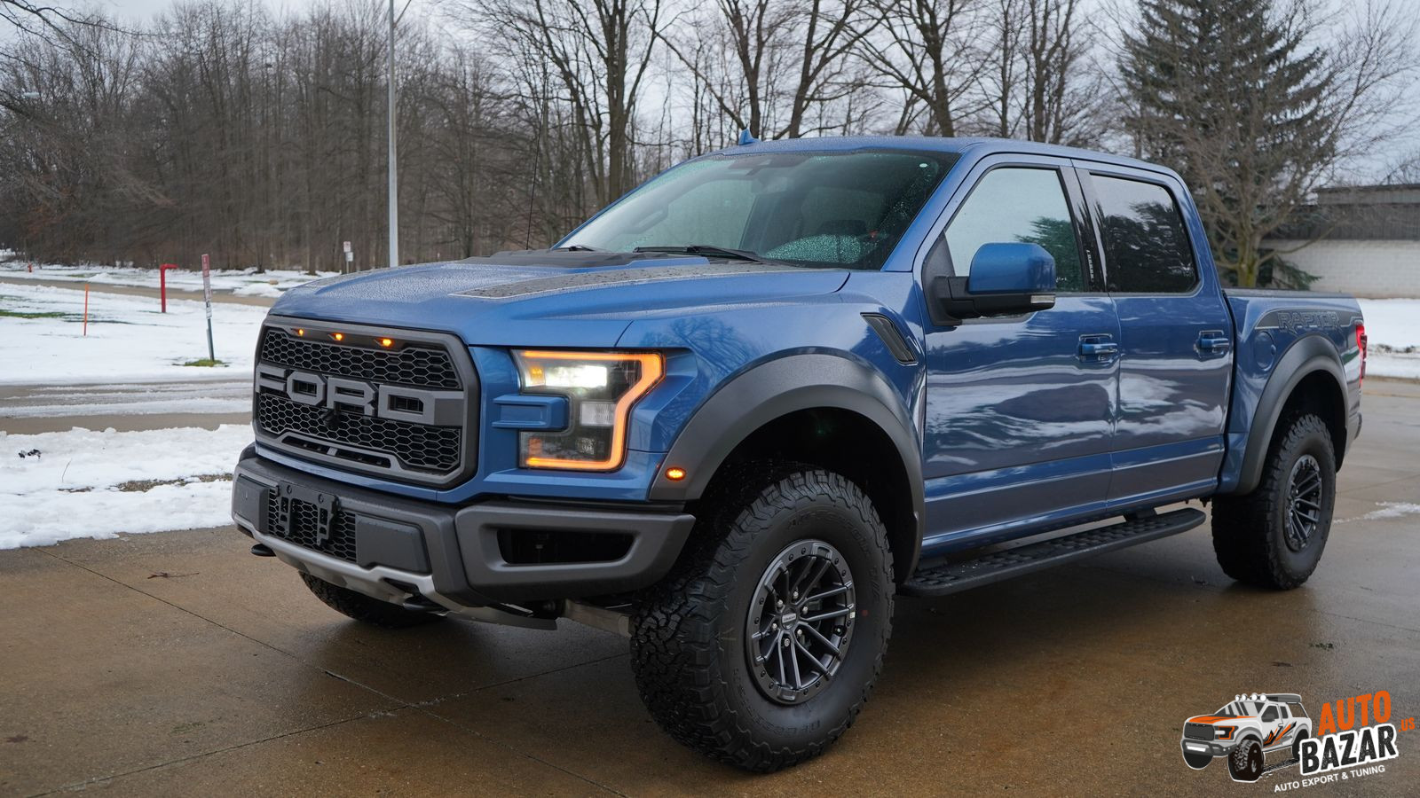 /storage/inventories/1100/2020 FORD F150  RAPTOR BLUE 66272 (1).JPG