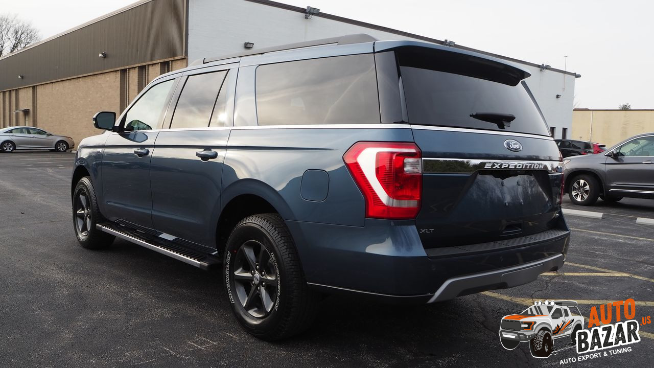 /storage/inventories/990/2019 Ford Expedition (3).JPG